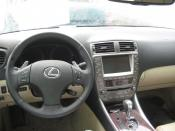 LEXUS Is 250 siniestrado. INTERIOR