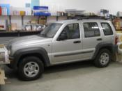 JEEP CHEROKEE averiado.